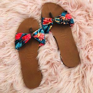 Habainas Hawaiian flip flops size 9
